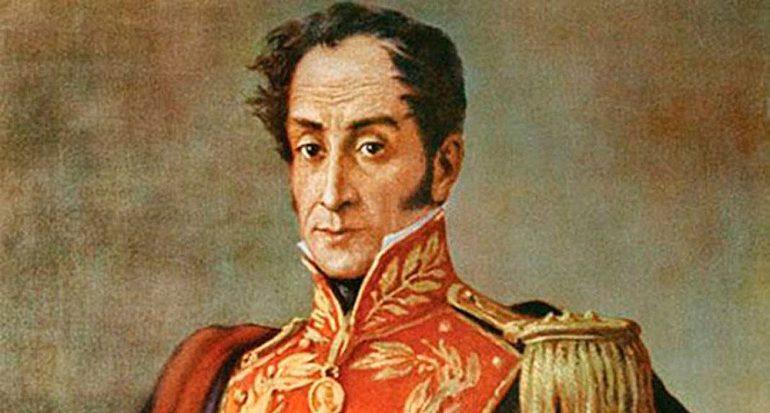 ¿A qué clase social de la época colonial pertenecía Simón Bolívar?