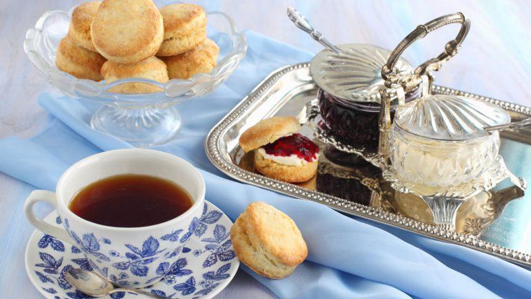 ¿Cómo nació la tradición de tomar el té en Gran Bretaña?