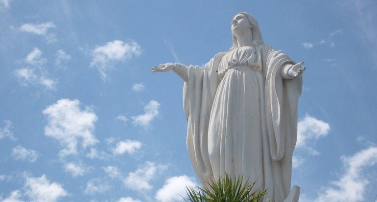 ¿Cómo se celebra en América Latina la festividad de la Inmaculada Concepción?
