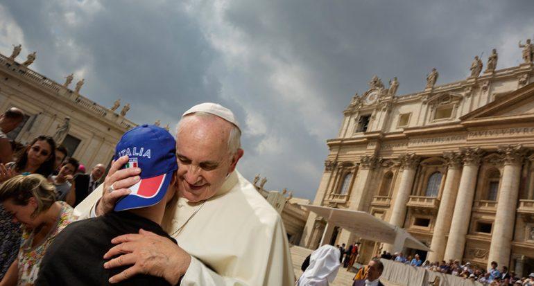 ¿Cambiará el papa al Vaticano?