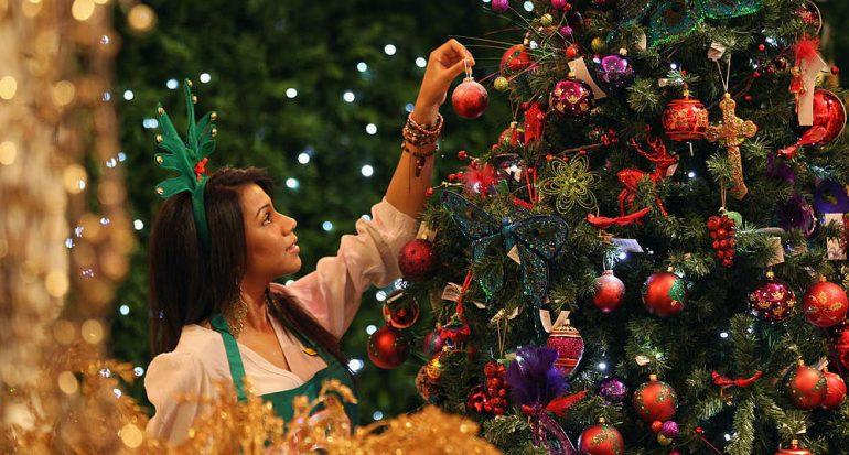 ¿Con qué decoraban antes el árbol de Navidad?