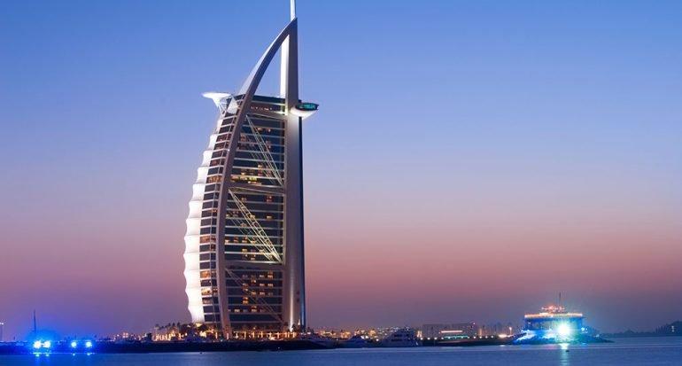 ¿Cuál es el único hotel de 7 estrellas del mundo?