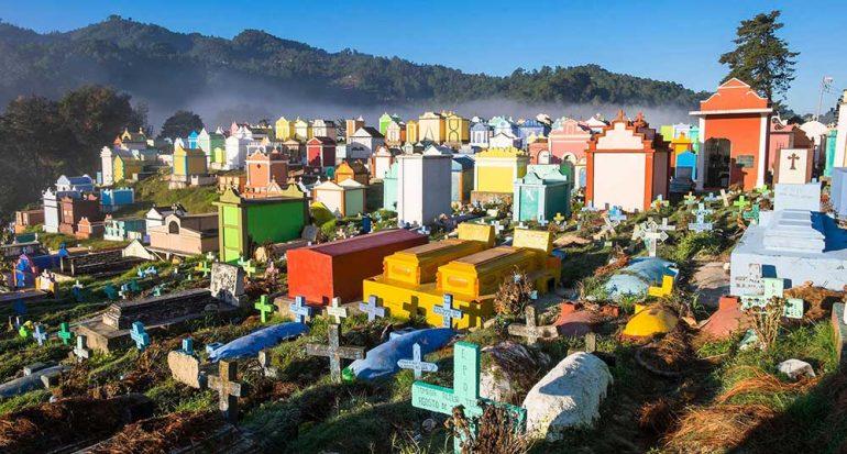 ¿Cuál es el cementerio más colorido del mundo?