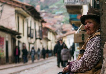 Cual es el idioma oficial de Peru