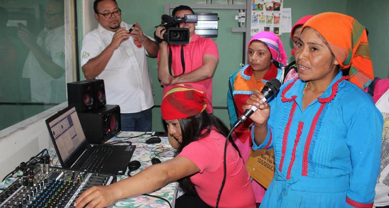 ¿Cuál es el país en América Latina con más radios comunitarias?
