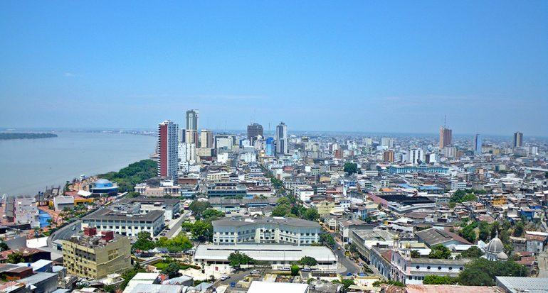 ¿Cuál es la ciudad más poblada de Ecuador?