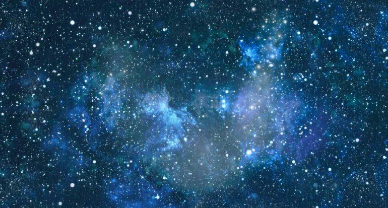 ¿Cuántas estrellas nacen al día?
