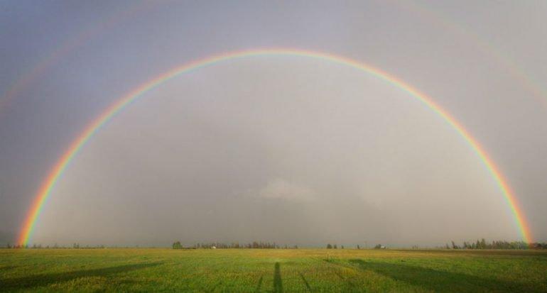 ¿Cuánto ha durado el arcoiris más largo del mundo?