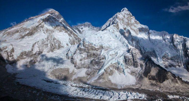 ¿El temblor cambió la altura del Everest?