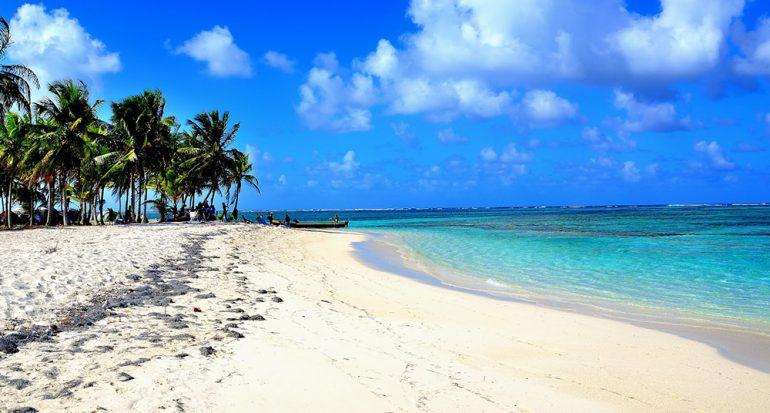¿En dónde puedes visitar el Océano Atlántico y el Pacífico el mismo día?