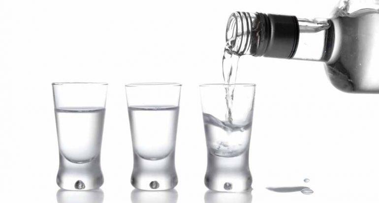 ¿Qué bebida alcohólica tiene más calorías?