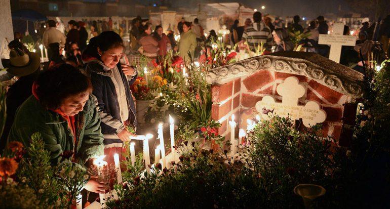 ¿Qué culturas originaron la celebración de Día de Muertos?