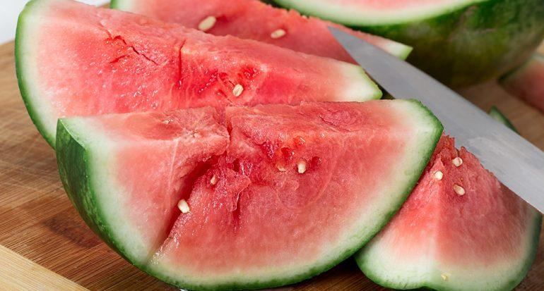 ¿Qué fruta es 92% agua?