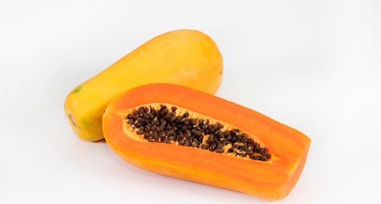 ¿Qué fruta facilita el bronceado?