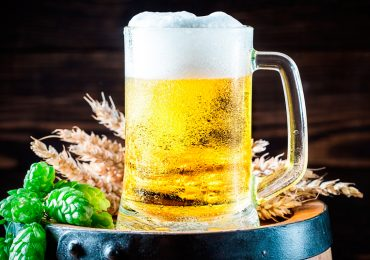 ¿Qué país en Europa prohibió la cerveza hasta 1989?