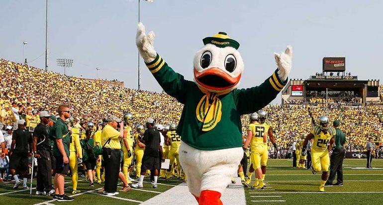 ¿Qué universidad tiene como mascota al Pato Donald?