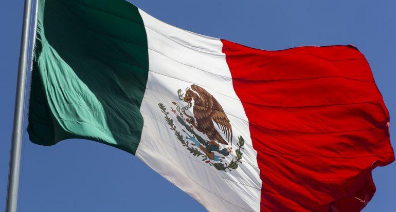 10 datos sobre la bandera de México