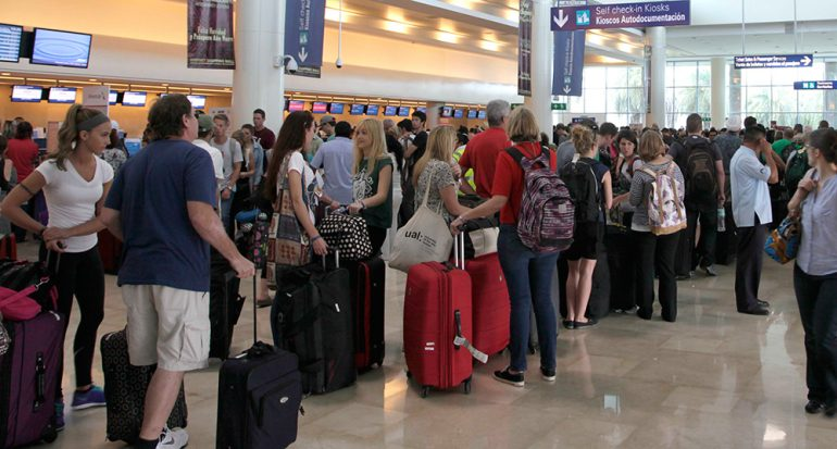 4 consejos para no hacer cola en el aeropuerto