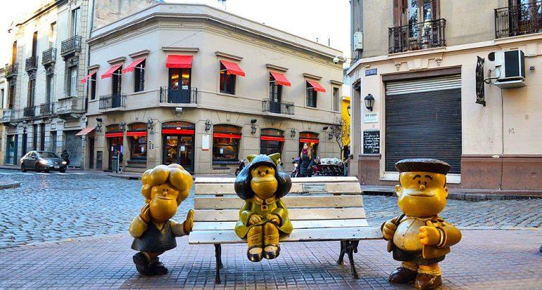 4 estatuas de Mafalda que debes conocer