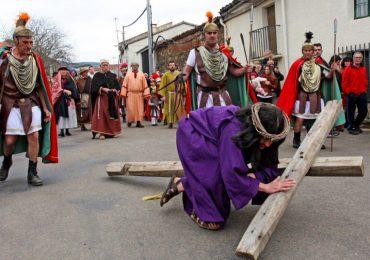 5 Vía Crucis alrededor del mundo