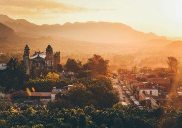 Amanecer en Tepoztlán