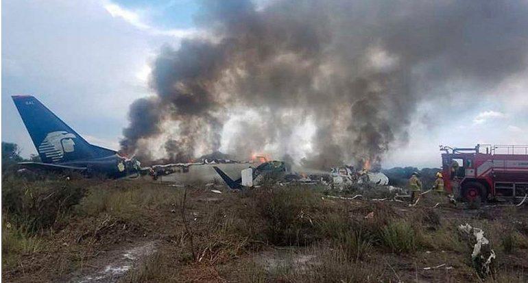 Avión de Aeroméxico se accidenta en Durango