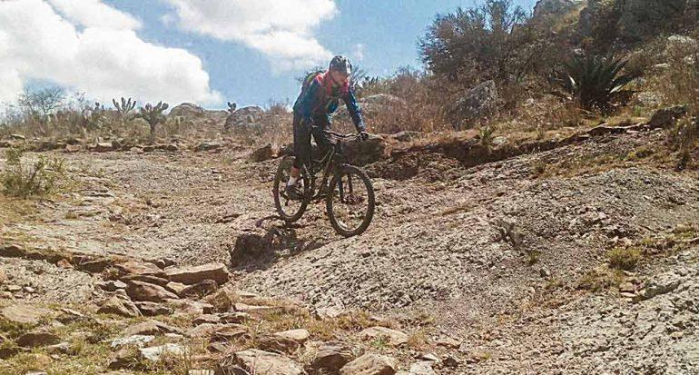 Bicicleta por antiguas minas