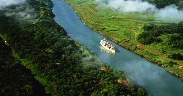 Blog en moto | El mítico Canal de Panamá