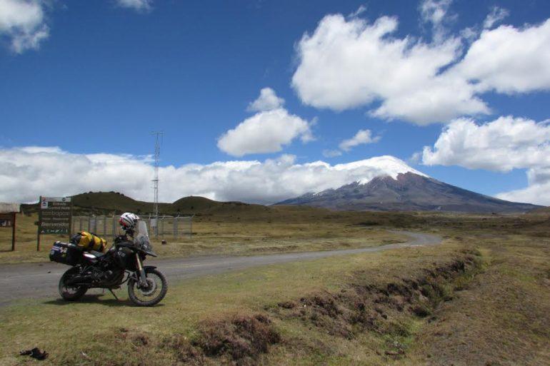 Blog en moto | Surf en la costa ecuatoriana