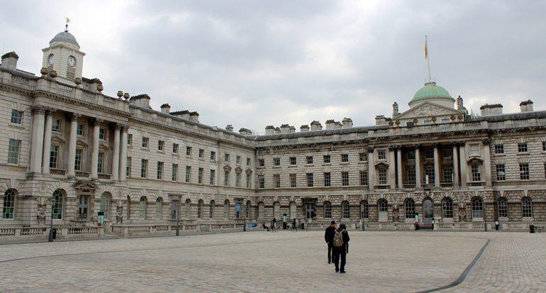 Buscando las huellas de James Bond en Londres