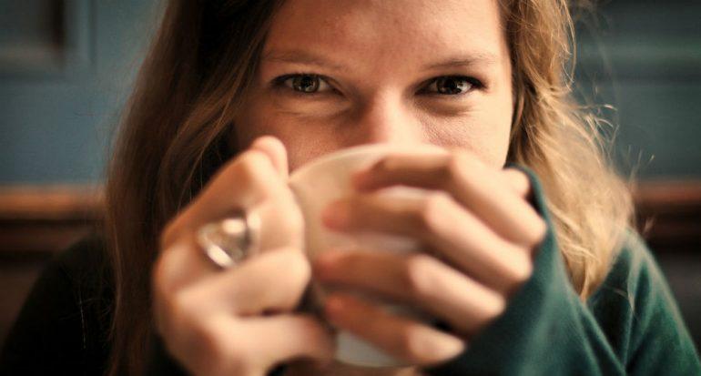 Café con aroma deliciosamente falso