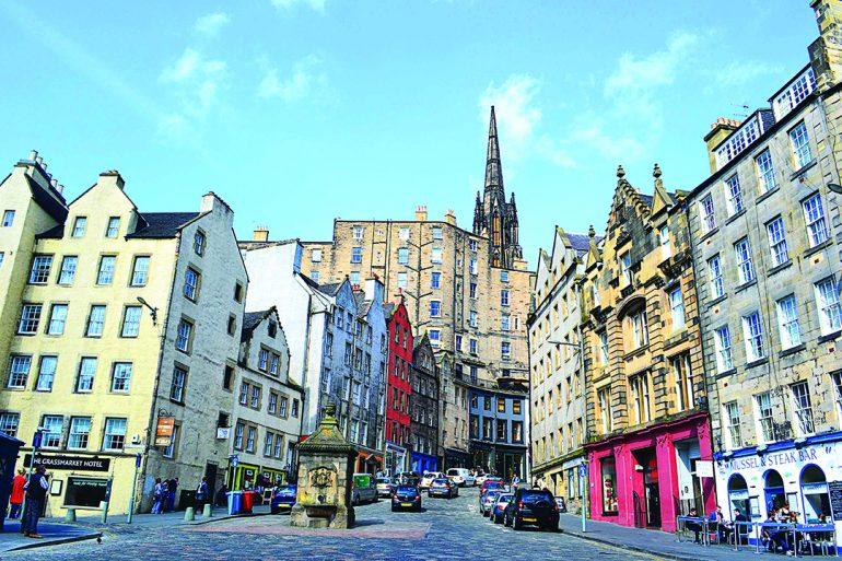 Caminar por el old town de Edimburgo