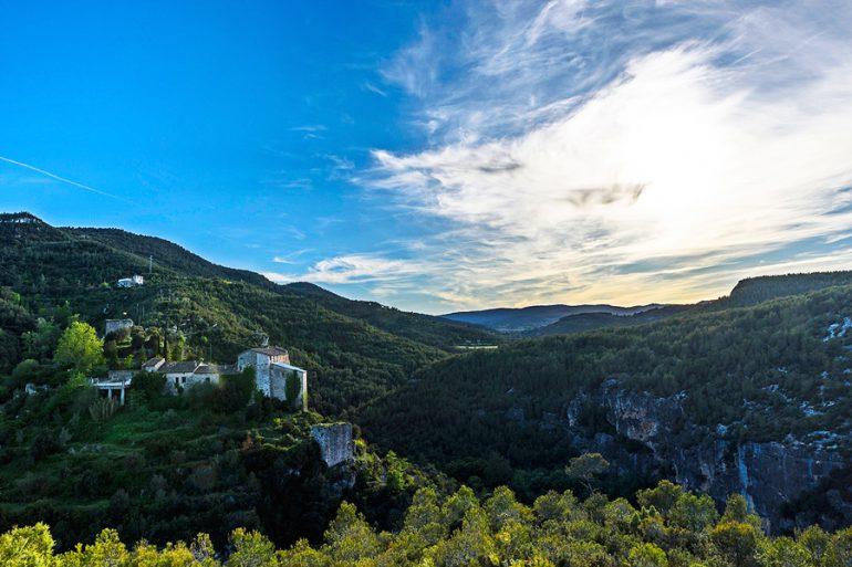 Castillo en las montañas