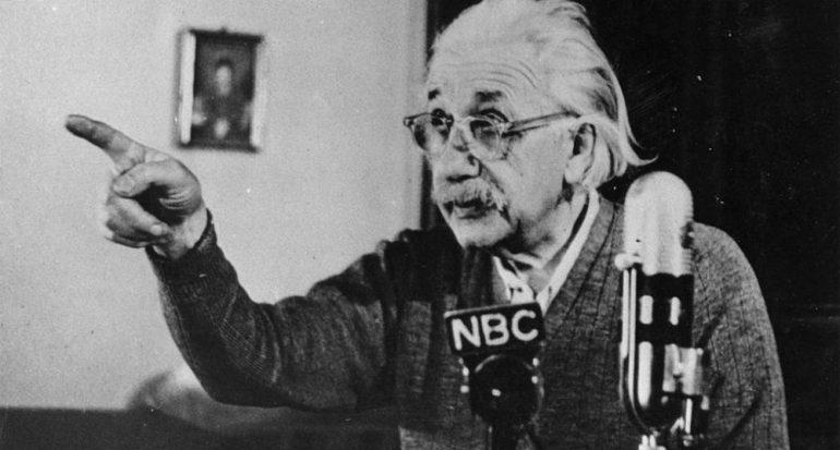 Cien años de la teoría de la Relatividad General