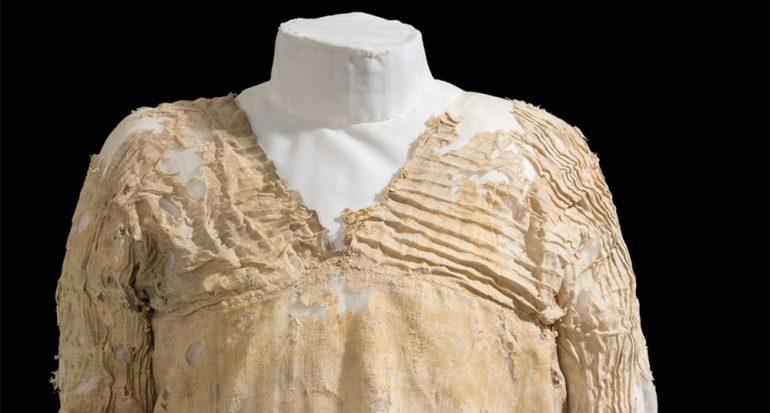 Conoce el vestido más antiguo del mundo