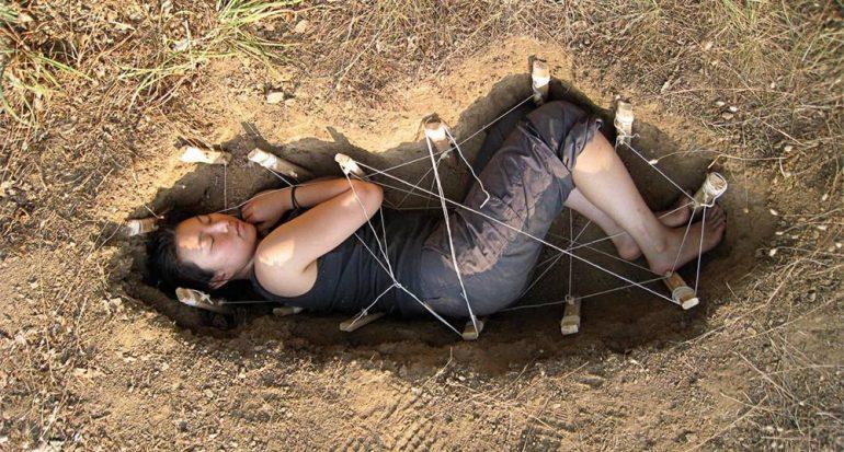 Cosas creativas que se pueden hacer con un cadáver