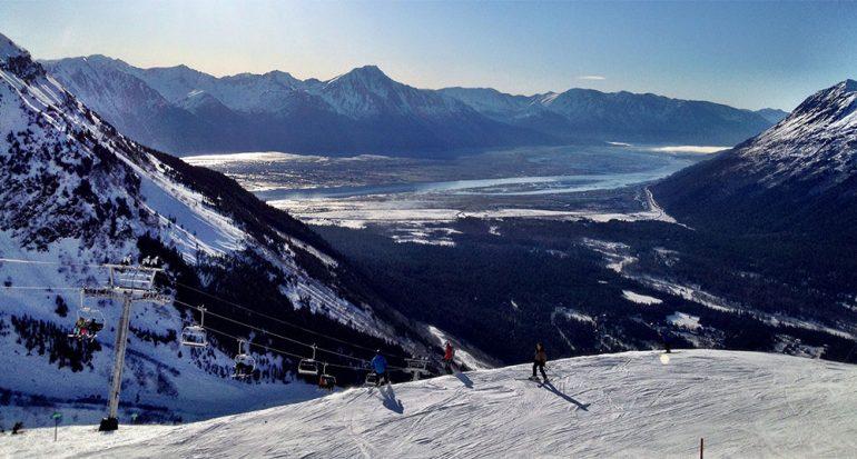 Deportes de invierno en Alaska: ¡Hasta surfear!