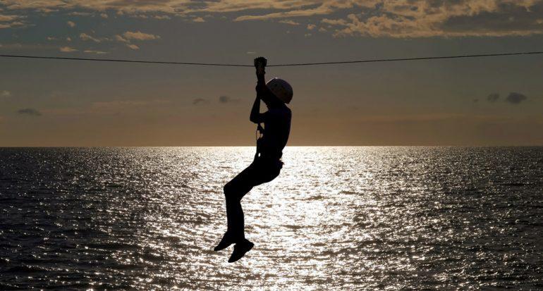 Deslízate en la nueva tirolesa sobre el mar en Croacia