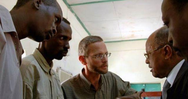 Detienen a corresponsal en Sudán