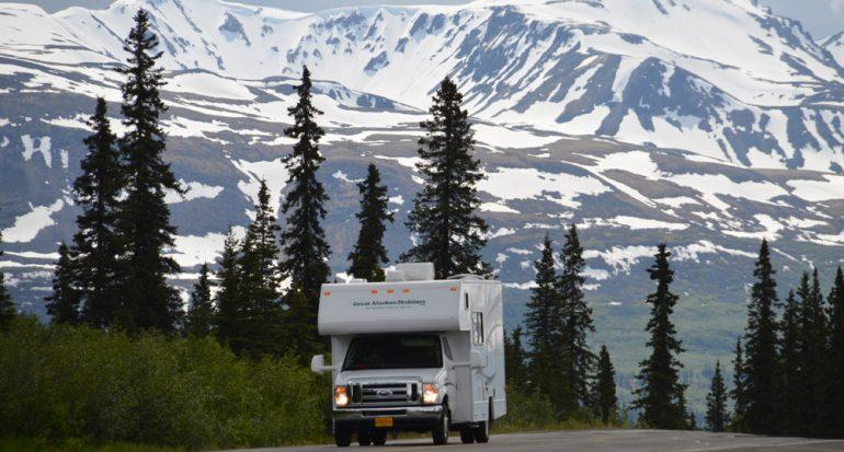 Doble libertad: Explorar Alaska en autocaravana
