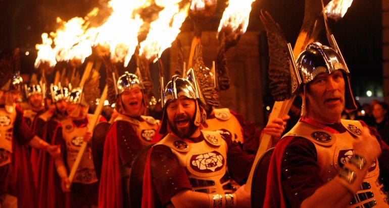 Edimburgo espera Año Nuevo con una fiesta de 3 días
