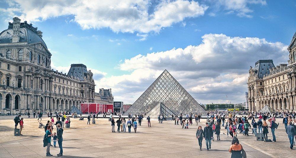 El Louvre se recupera después de la abrupta caída de visitantes