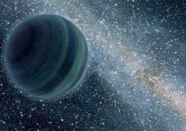 El planeta expulsado de su sistema solar