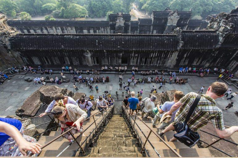 El saturado Angkor Wat