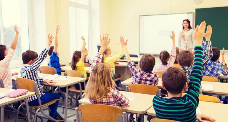 En este país prohíben enseñar inglés en todas las escuelas