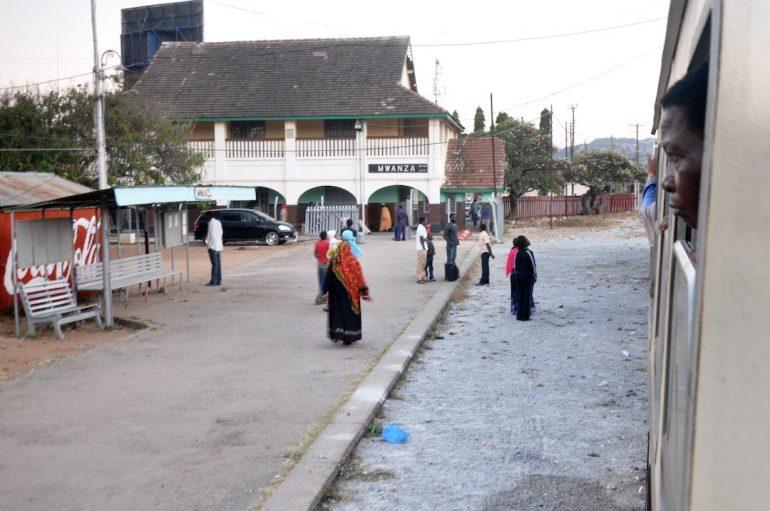 En tren por Tanzania