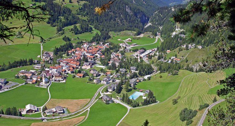 En un pueblo en Suiza prohibieron tomar fotografías