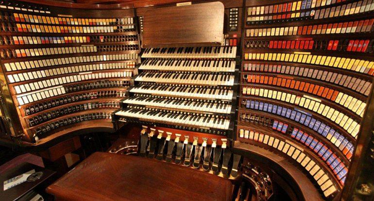 Escucha el órgano más grande del mundo