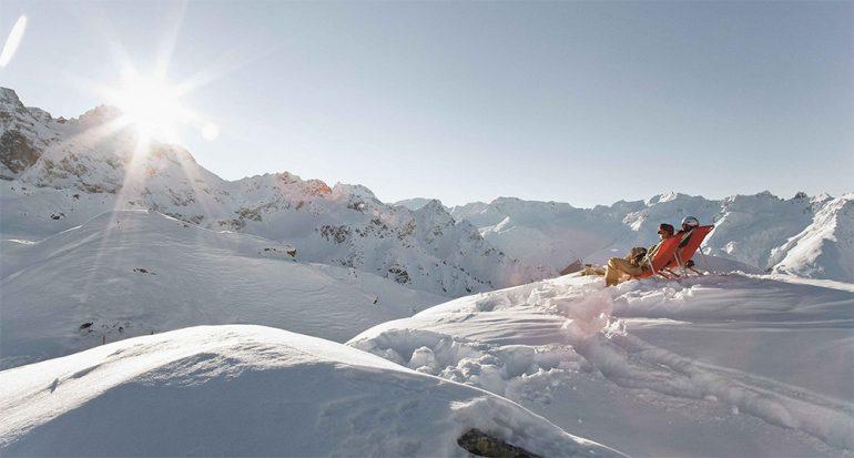 Esquiar por un paisaje invernal que cautiva
