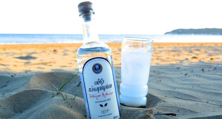 Esta es la bebida que tienes que probar si visitas Grecia